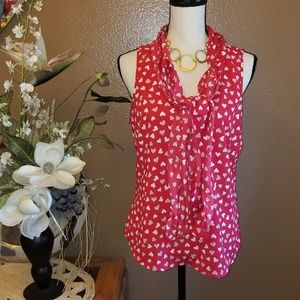 PRETTY HEART SLEEVELESS BLOUSE